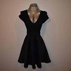🎀 3 FOR $25 🎀 Little Black Dress w Lace Back